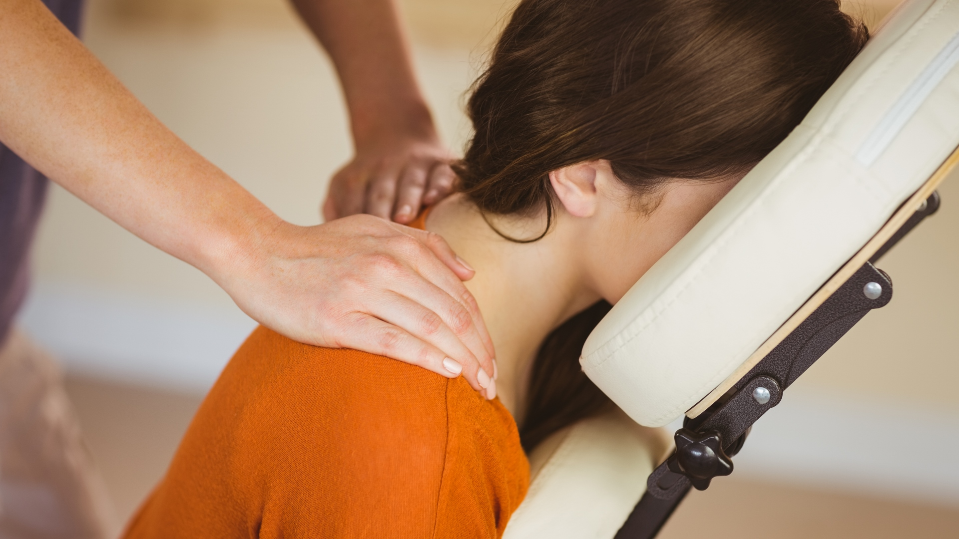 Girl Chair massage
